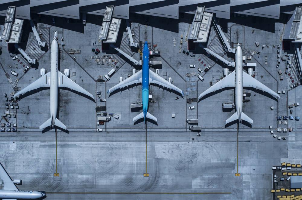 Flugzeuge Einstieg links