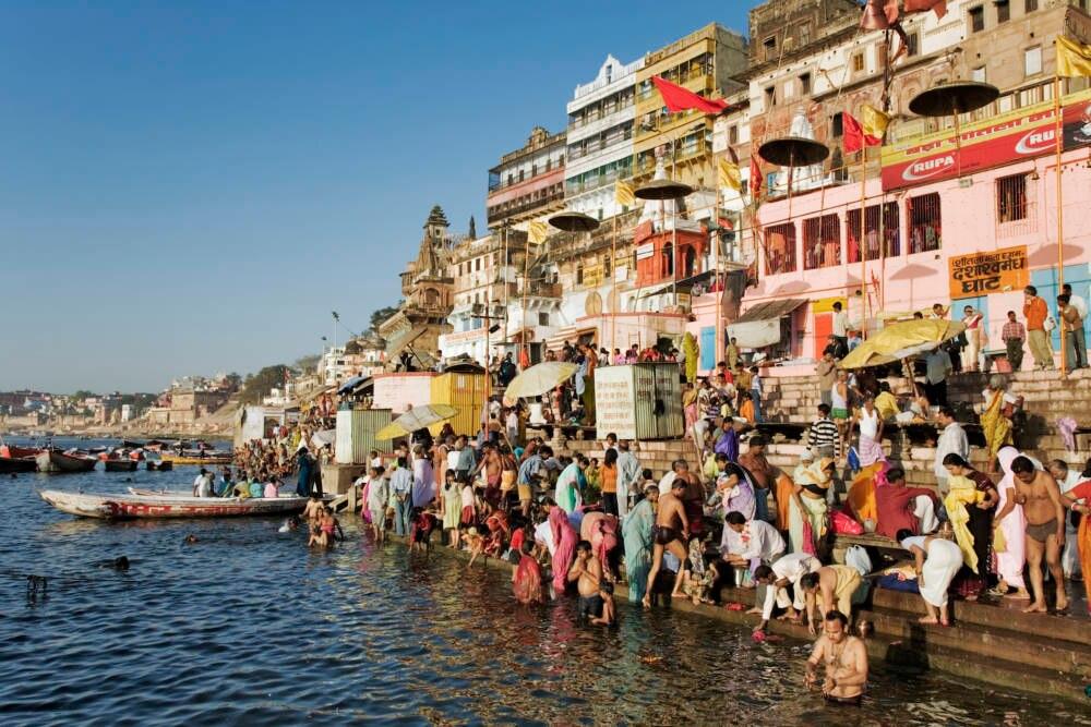Pilger an den Ghats