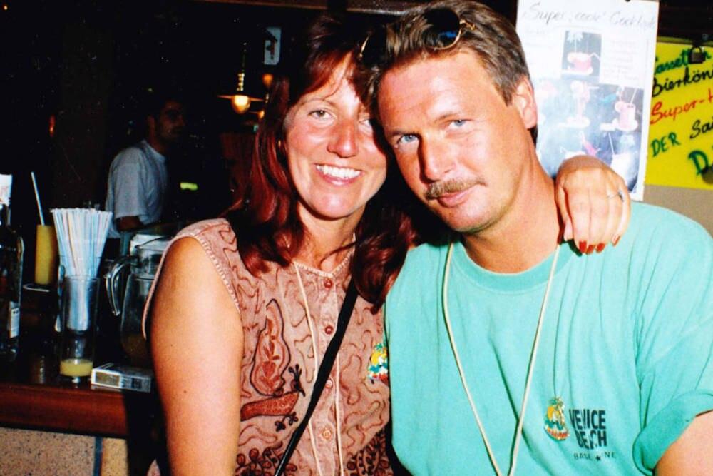 """André und Annette Engelhardt 1997 im Lokal """"Bierkönig"""""""