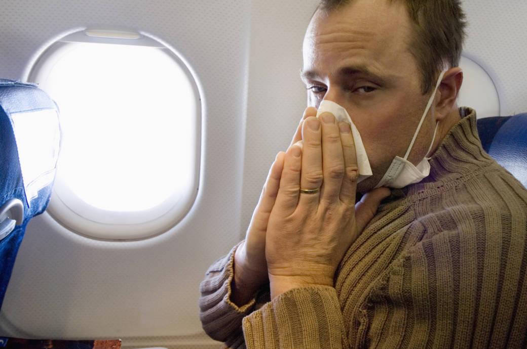 Fliegen Mit Erkältung Was Kann Passieren Infos Und Tipps Travelbook