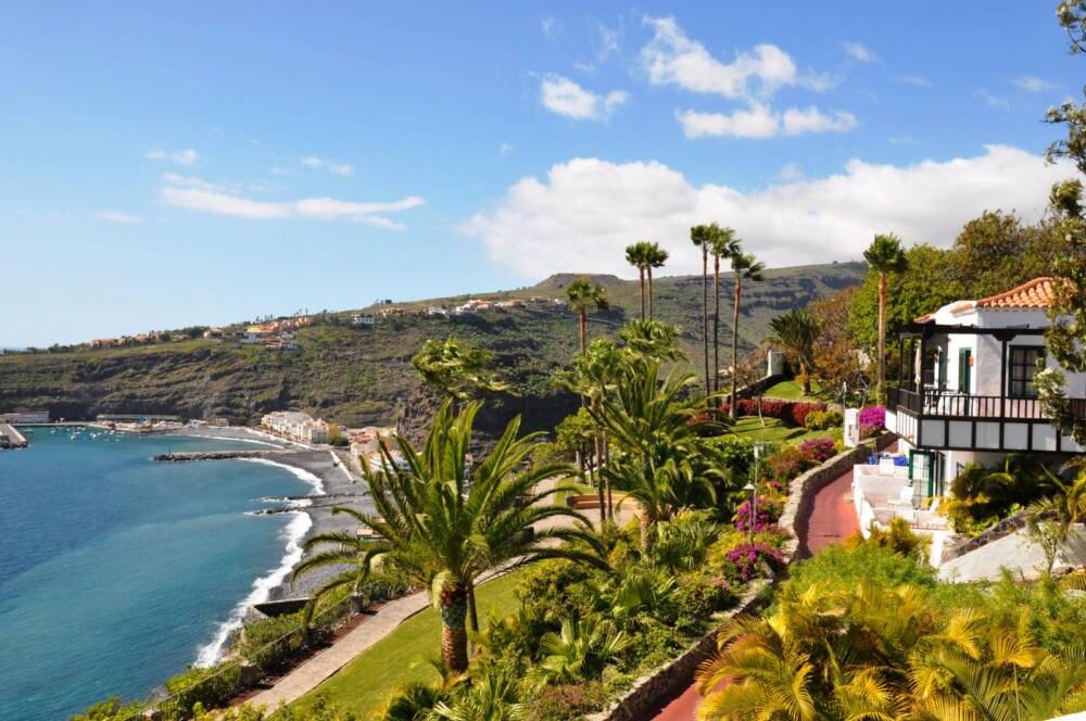 13 super bewertete kanaren hotels travelbook for Jardin tecina booking
