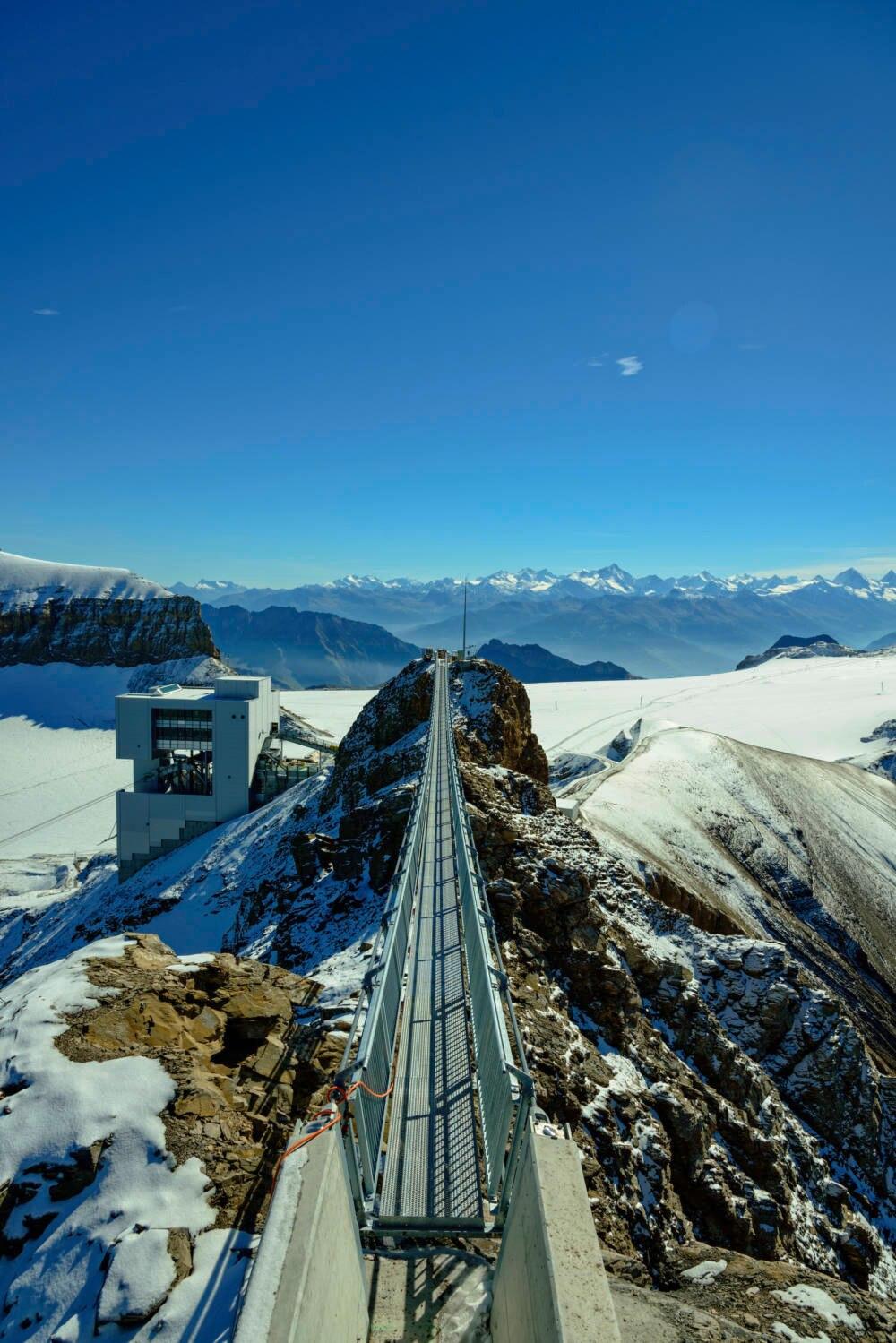 """""""Peak Walk"""" auf dem Scex Rouge in der Schweiz"""