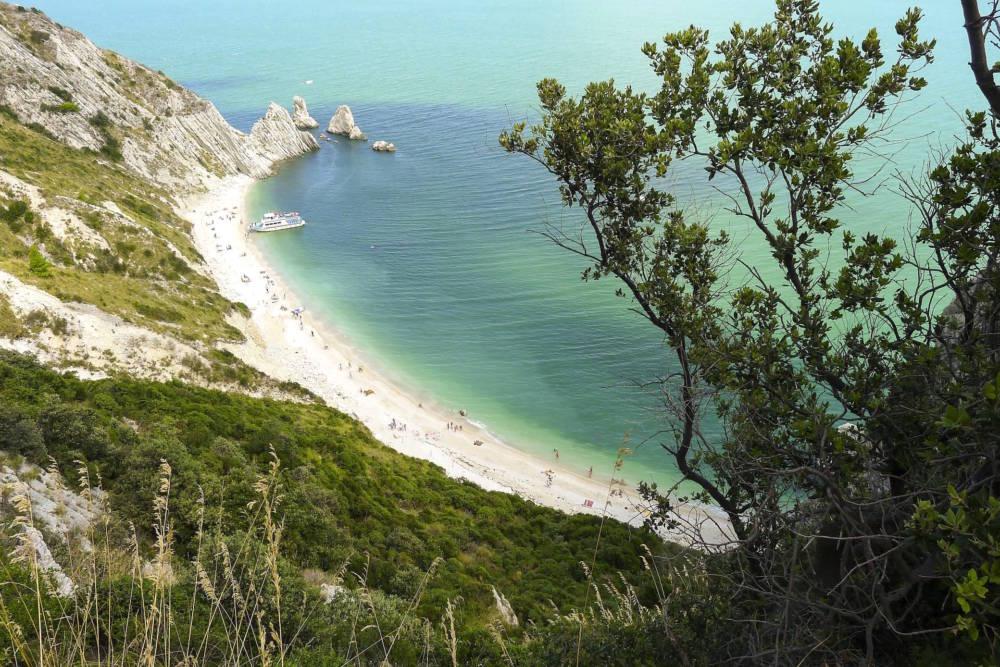 Spiaggia delle due Sorelle l