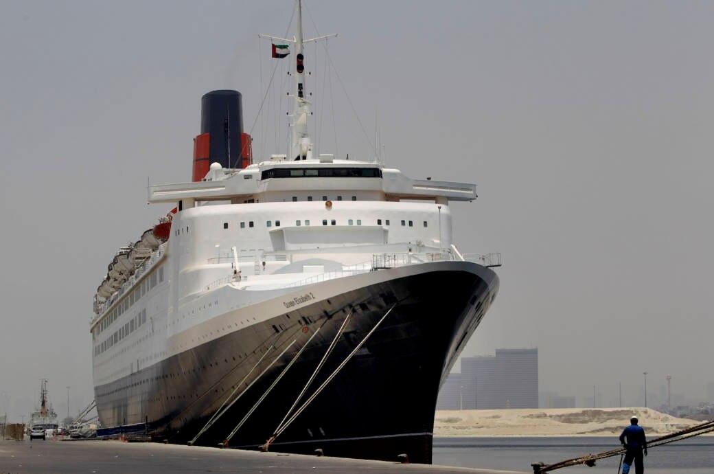 Queen Elizabeth 2 in Dubai