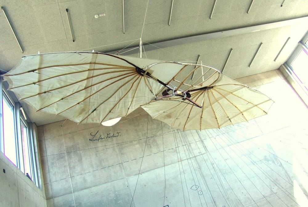 Rekonstruktionen der legendären Flugapparate In der Ausstellung des Lilienthal-Centrum Stölln
