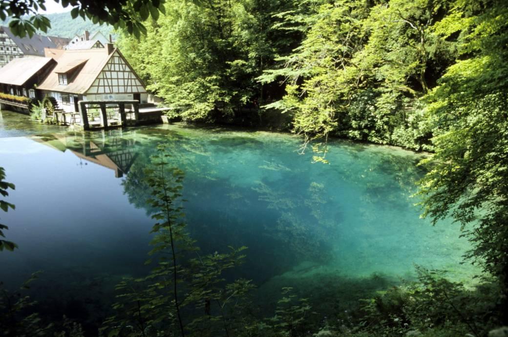 Verbirgt sich unter diesem Traum-See Deutschlands größte Höhle?
