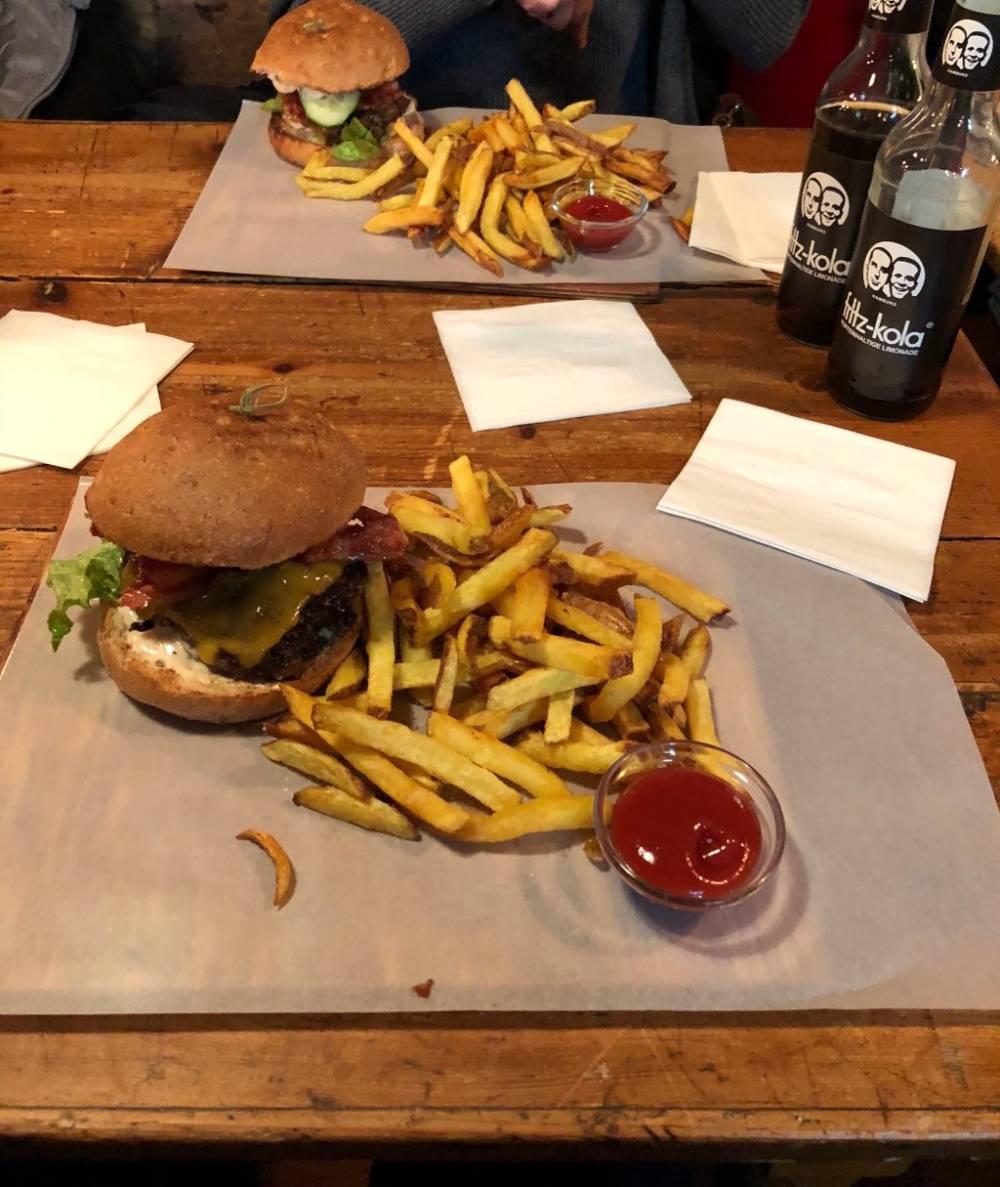 In der Burgerei soll es, laut TripAdvisor-Usern, den besten Burger des Saarlands geben