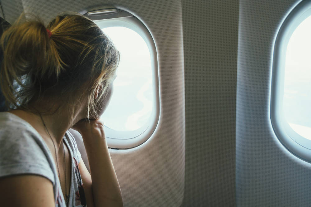 Das Steckt Hinter Den Sicherheitshinweisen Im Flugzeug Travelbook