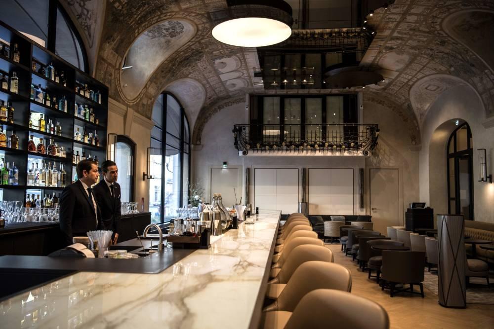 Die Bar in dem neu renovierten Lutetia