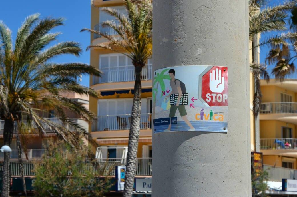 Warnschild Straßenhändler Mallorca
