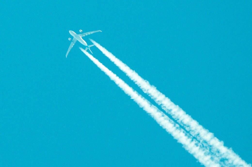 Flugzeug Abgase