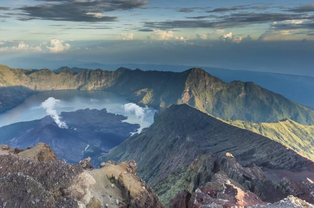 Rinjani-Vulkan auf Lombok wird ein Jahr für Besucher gesperrt