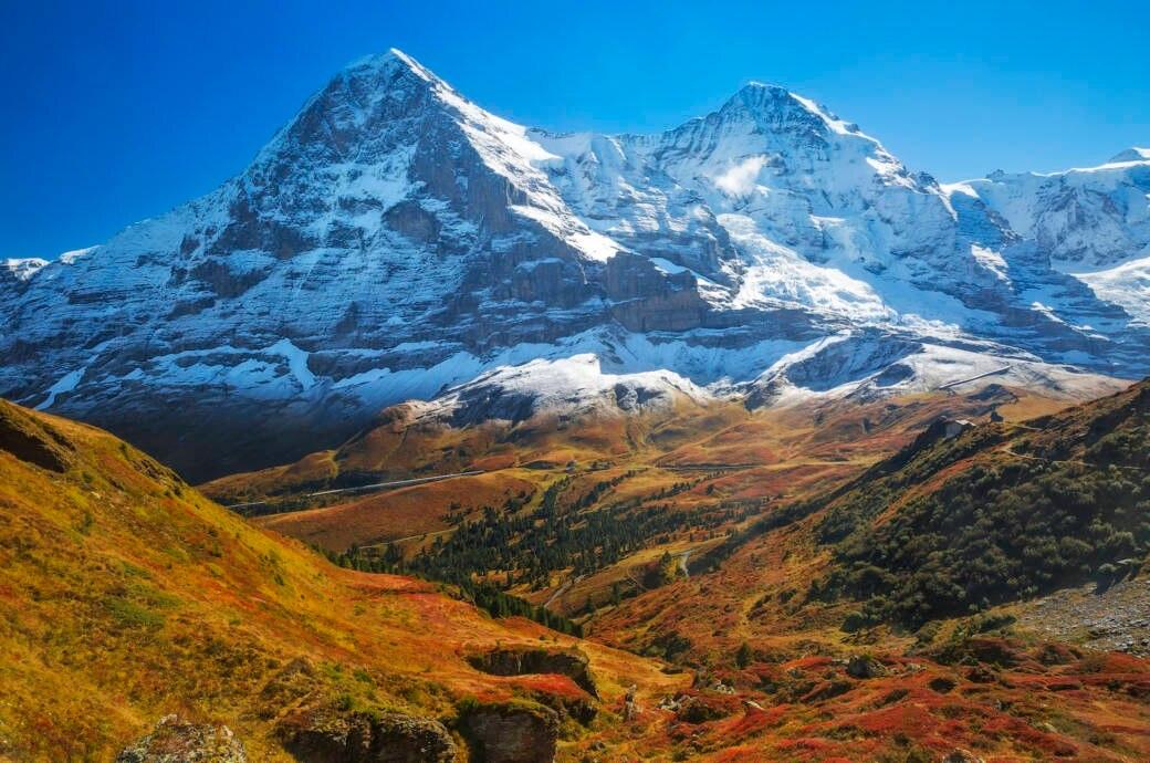 Die Schweizer Berge Eiger und Monch