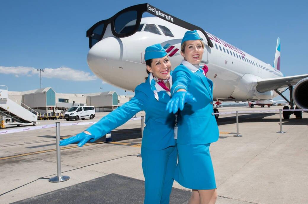 Uniform Flugbegleiter