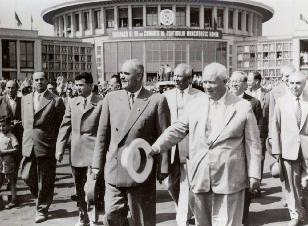 Georgiou-Dej hieß 1960 Nikita Chruschtschow am Bucharest Airport willkommen