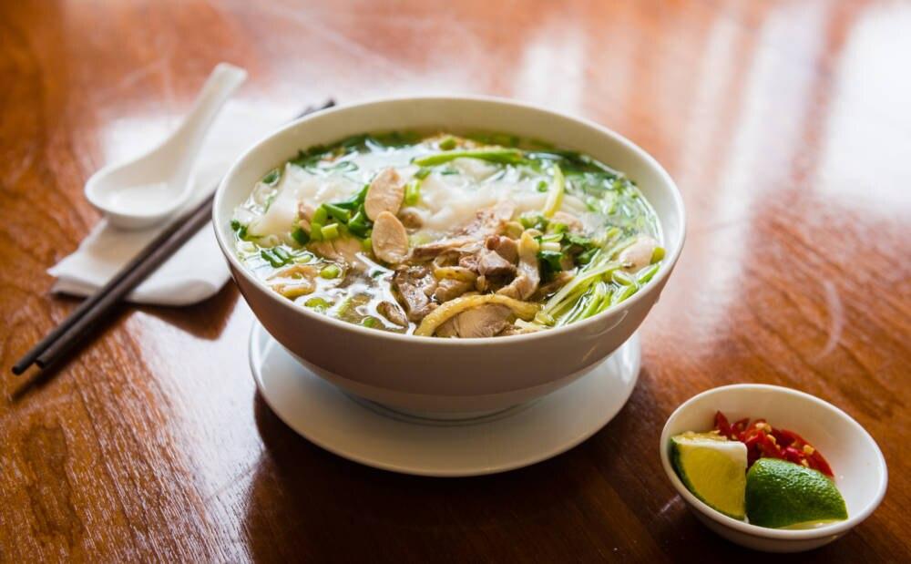 Suppe Pho Bo in Hanoi, Vietnam