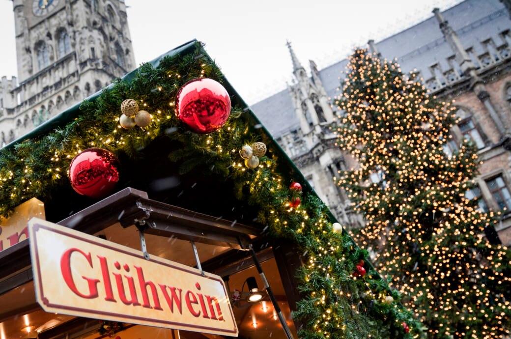 Themen Zu Weihnachten.Welche Weihnachtsmärkte Sind Nach Weihnachten Offen Travelbook