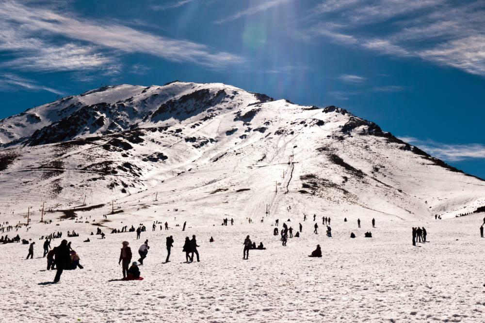 Die Skipiste im Bergdorf Oukaïmeden nahe Tacheddirt