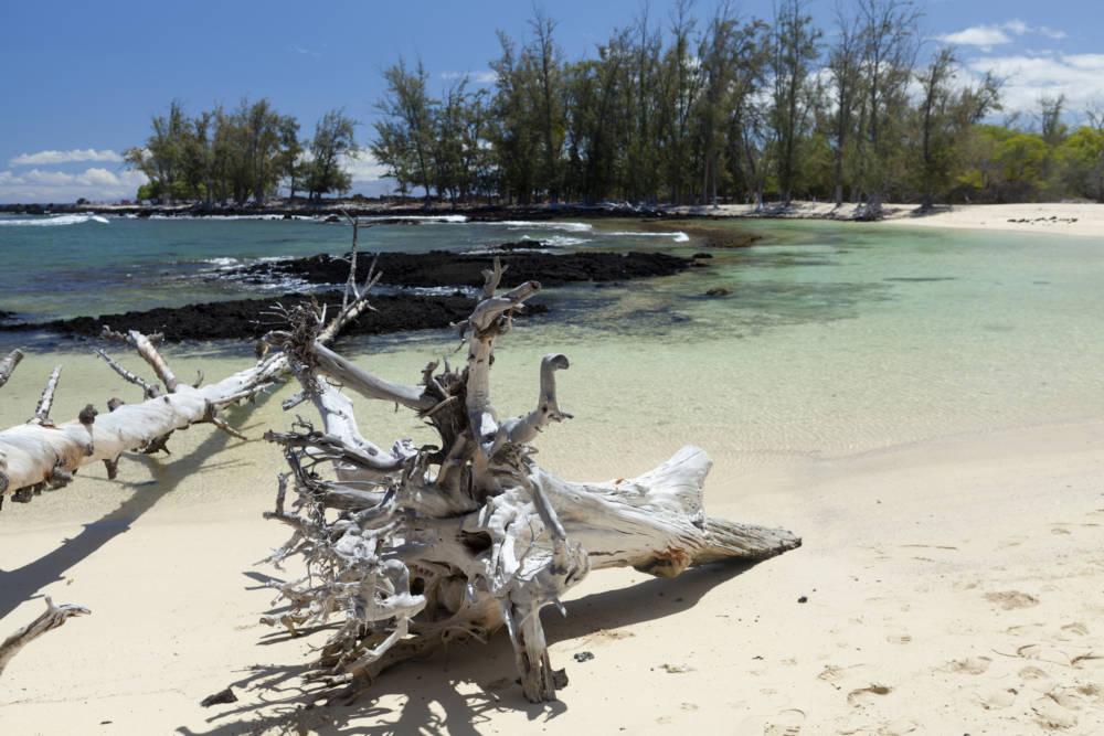 Der Makalawena-Strand auf Hawaii ist menschenleer