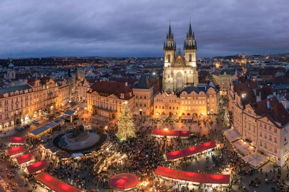 Christkindlmarkt in der Altstadt von Prag