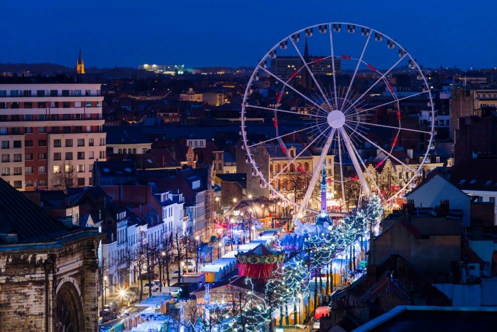 Weihnachtsmarkt auf der Place Sainte Cathrine in Brüssel