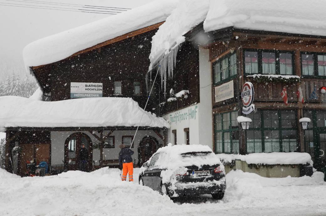 Tiefwinterliche VerhŠältnisse am Sonntag in Tirol