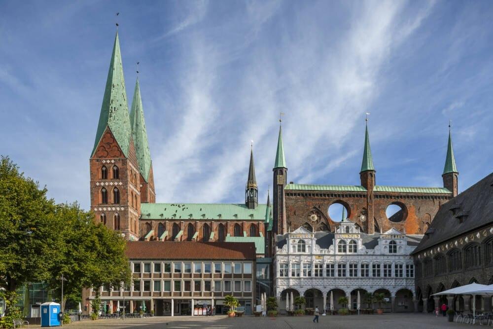 Marienkirche und das Rathaus von Lübeck
