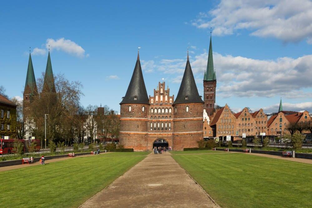 Das Wahrzeichen Lübecks: das Holstentor aus dem Jahr 1478
