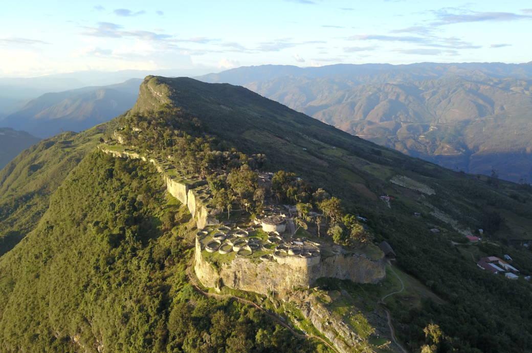 Wie zwei Deutsche ein verlassenes Ureinwohner-Dorf in Peru entdeckten