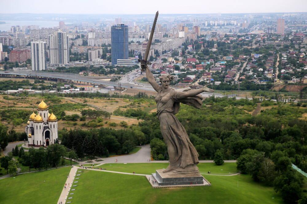 Wolgograd, Statue