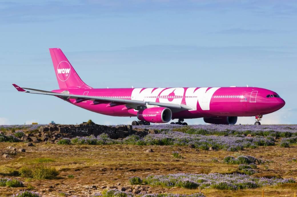 WOW Air Airbus A330 Flugzeug Flughafen Reykjavik