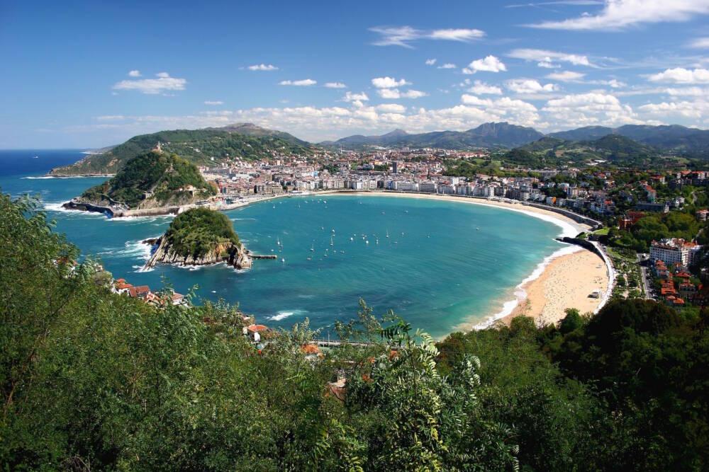 Blick auf die Bucht von Donostia San Sebastiàn
