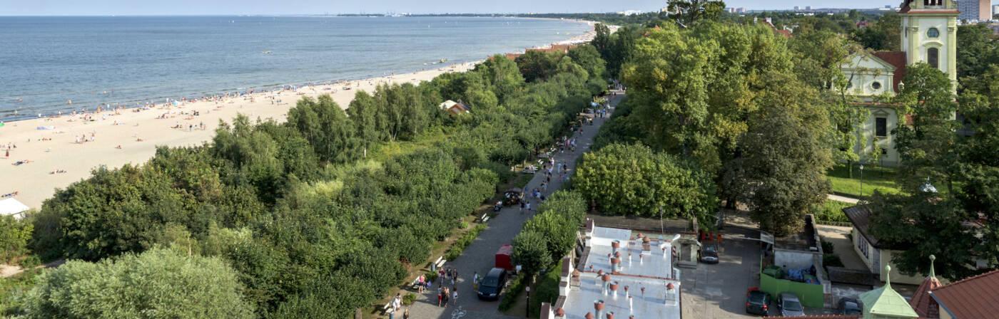 An der polnischen Ostseeküste gibt es viele schöne Orte. Zum Beispiel das alte Seebad Sopot (Zoppot).