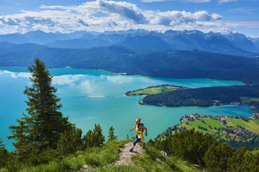 Der Walchensee in Bayern ist der beliebteste Badesee Deutschlands – laut der TRAVELBOOK-Leser