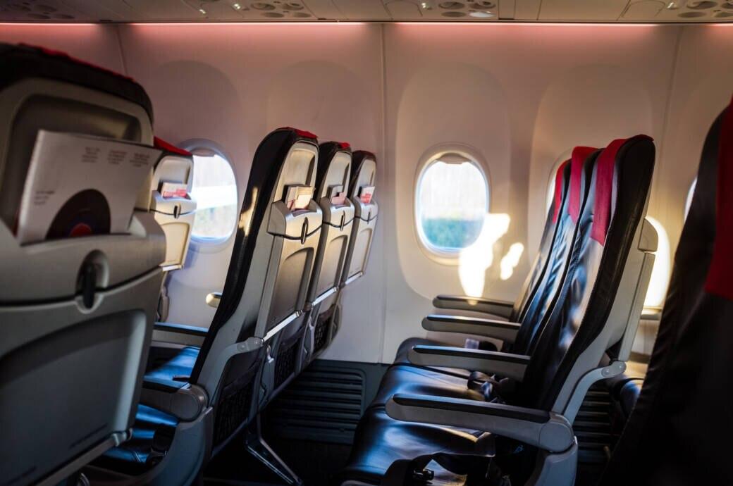 So viel Beinfreiheit bieten die Airlines in der Economy Class