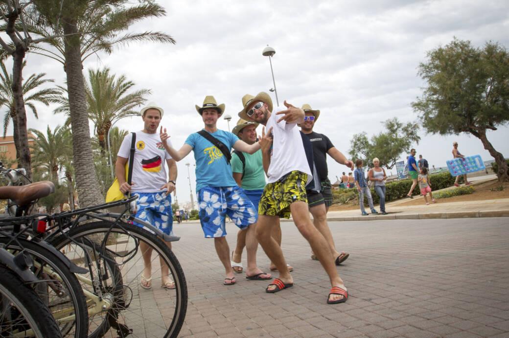 In Spanien nehmen nur sechs Prozent der Befragten die Deutschen als tadellose Touristen wahr.