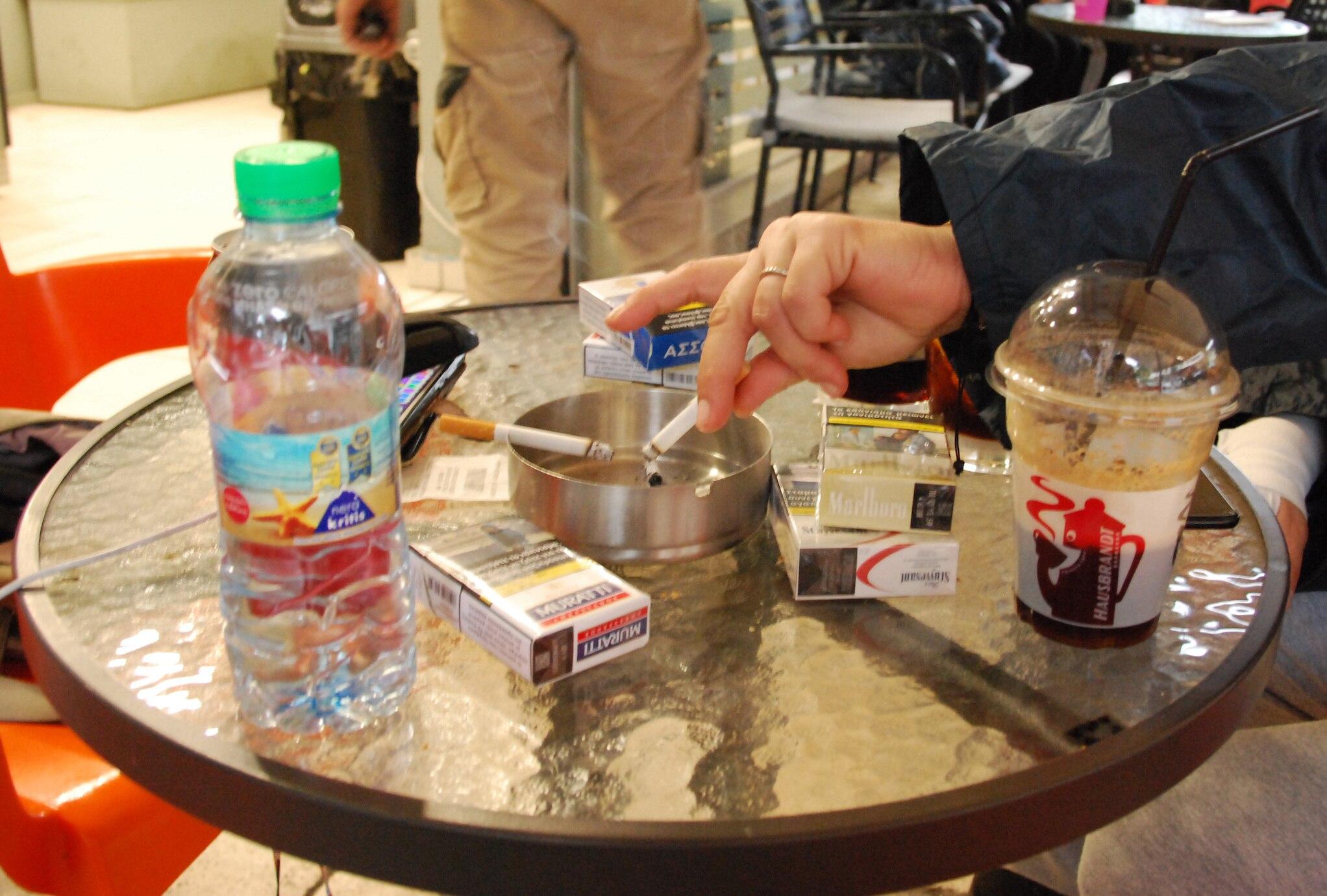 Griechenland will verstärkt gegen das Rauchen vorgehen