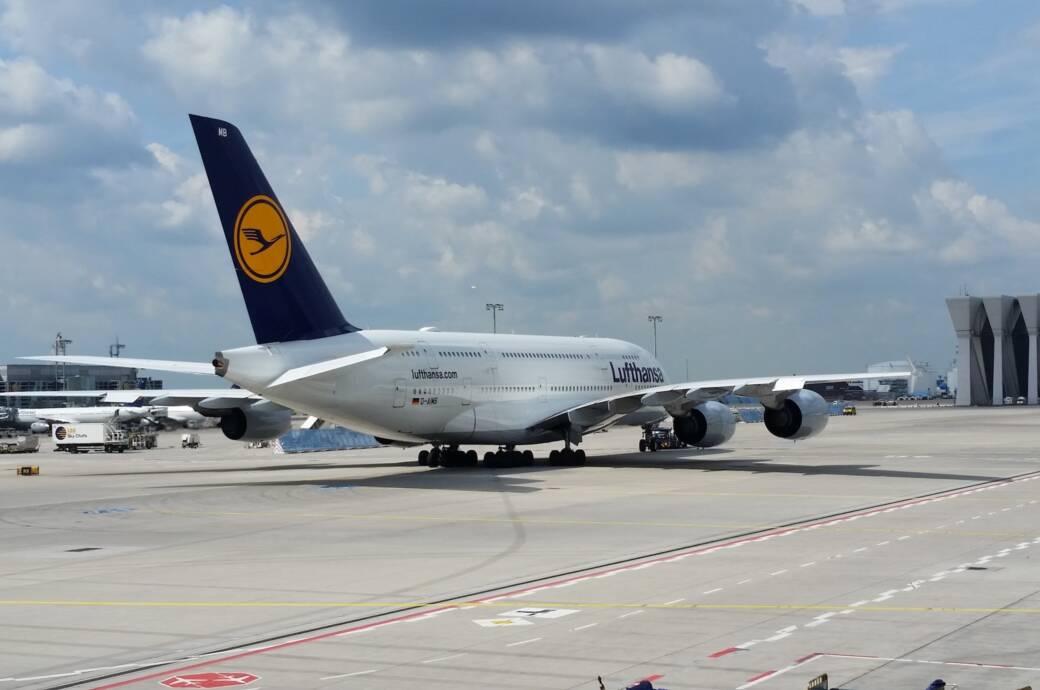 Ein Flieger der Lufthansa