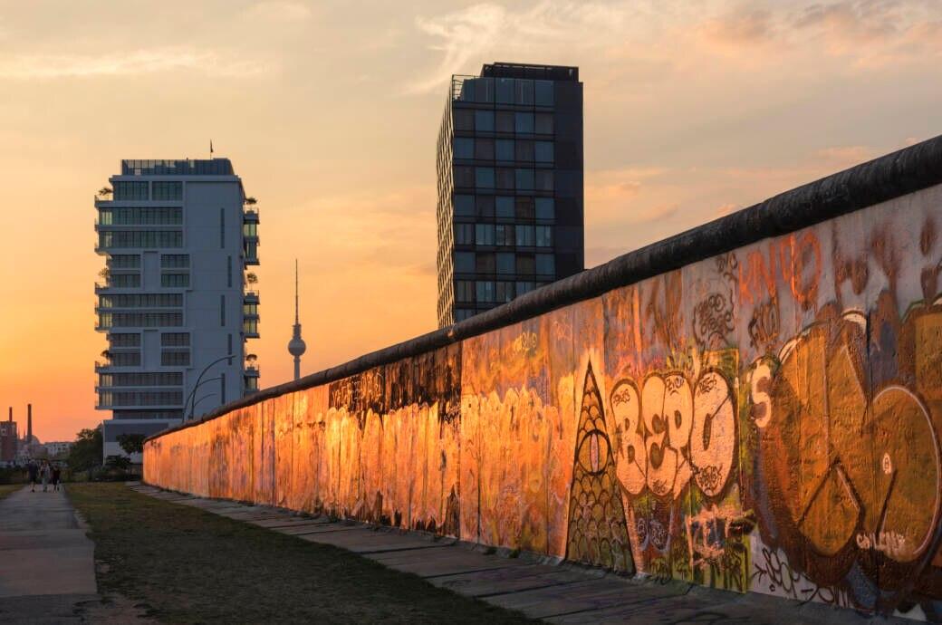 Die East Side Gallery ist das längste erhaltene Teilstück der Berliner Mauer