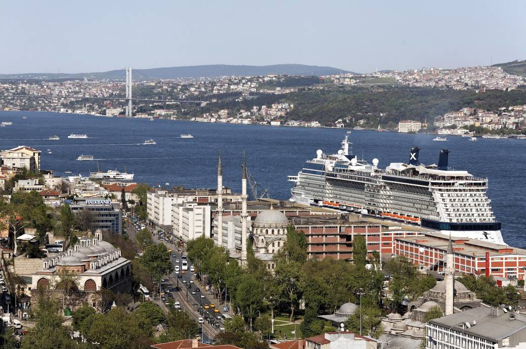 Kreuzfahrtschiff Istanbul