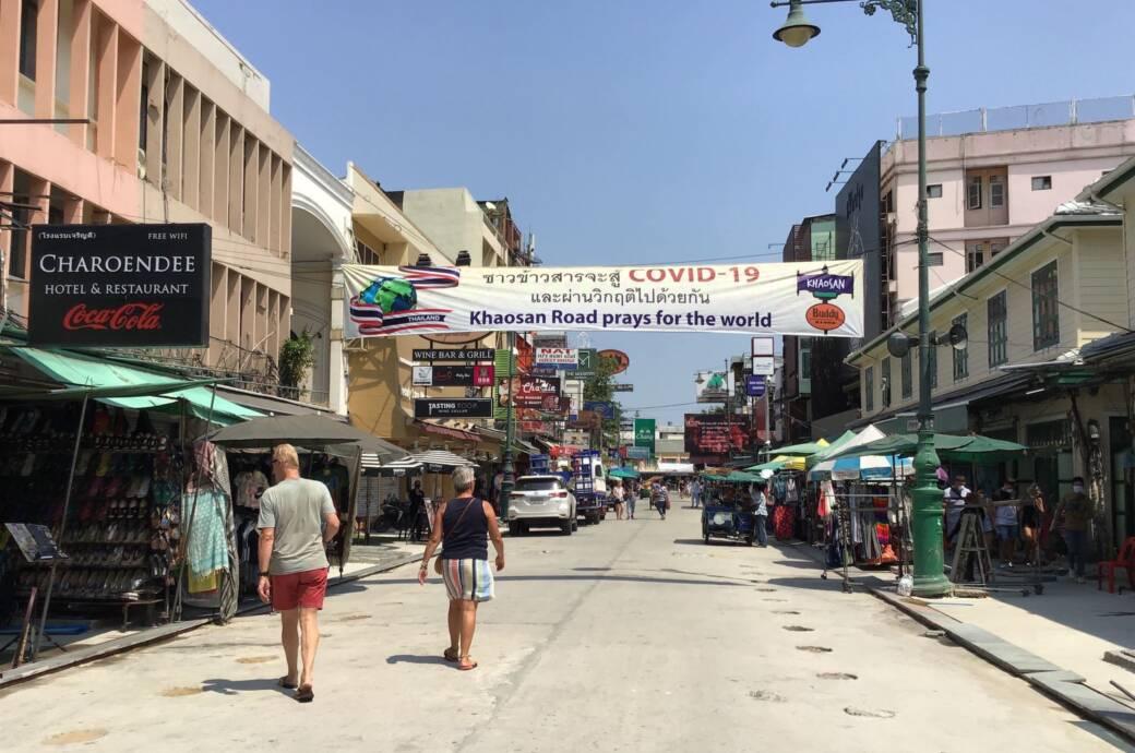 Gestrandete Urlauber in Thailand