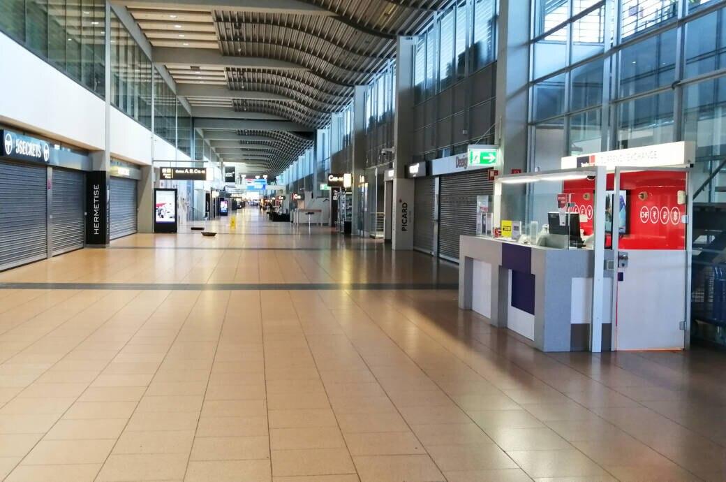 Leerer Flughafen von Hamburg: Wann greift die Reiserücktrittsversicherung?