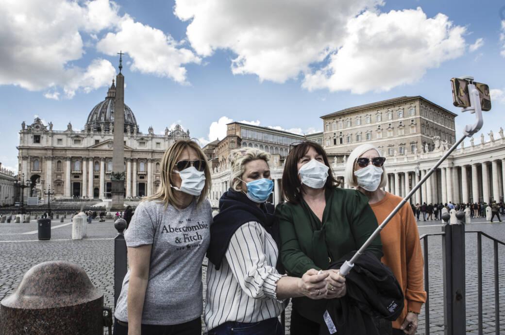 Viele Gläubige wollen an Ostern nach Rom reisen. Das wird dieses Jahr vermutlich nichts.