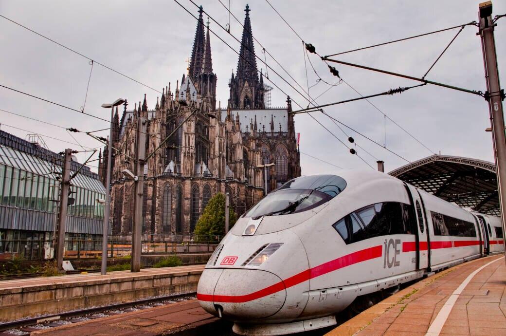 Wer jetzt nicht mehr verreisen will, kann sein Bahnticket stornieren oder flexibel nutzen –das gilt auch für den Sparpreis oder Supersparpreis