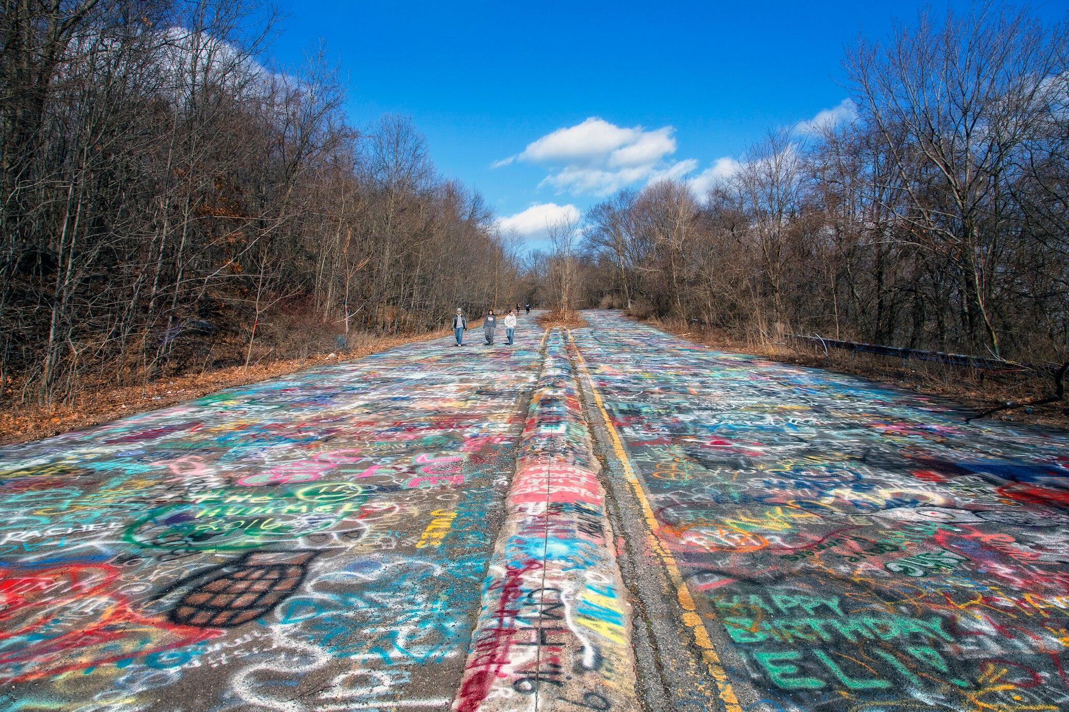 Der Graffiti Highway, die Route 61, in Pennsylvania, USA