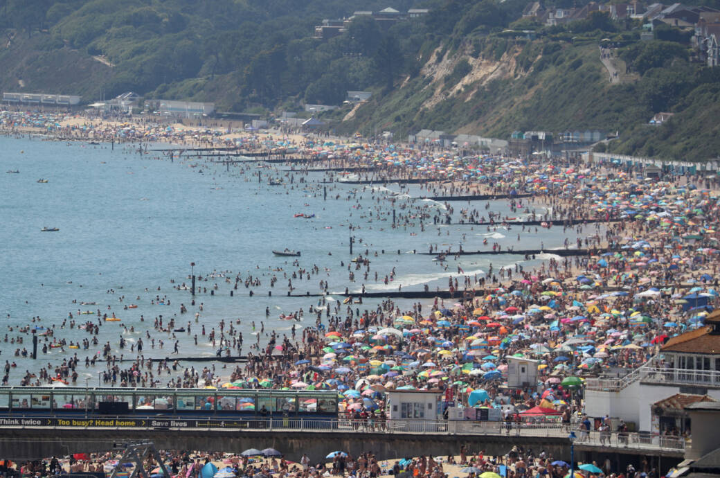 Der Strand von Bournemouth ist voll – obwohl noch immer die Corona-Abstandsregeln gelten