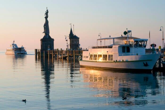 Eine Schifffahrt über den Bodensee sollte man unbedingt machen. Angebote und Fahrpläne gibt es auf den Seiten der BSB