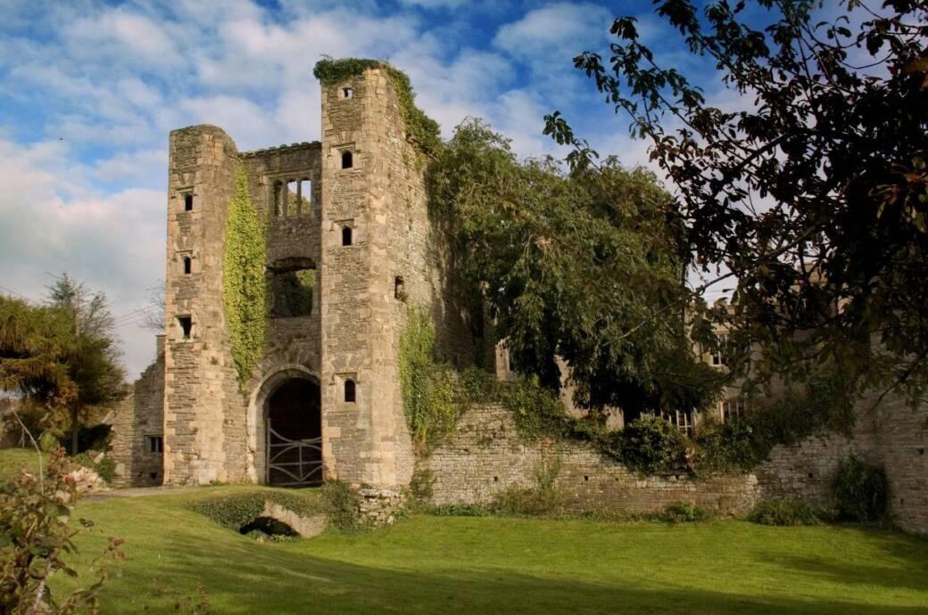 Pencoed Castle Gatehouse