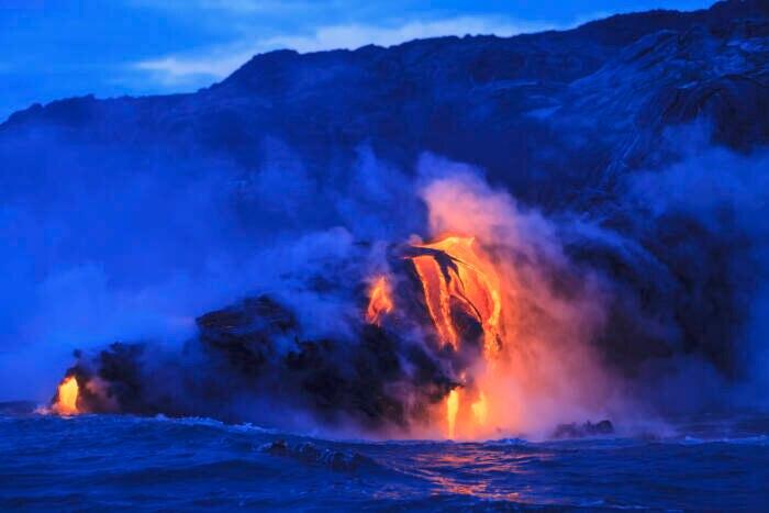 Der Kilauea ist nicht nur einer der aktivsten Vulkane, sondern auch eine Touristenattraktion