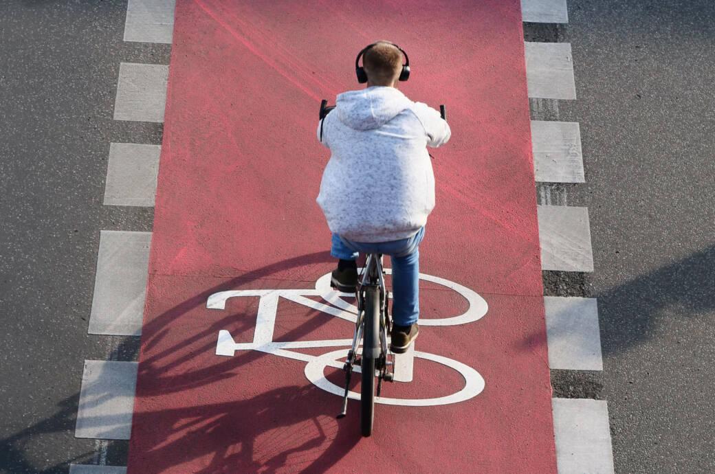 Radfahrer Radweg Großstadt